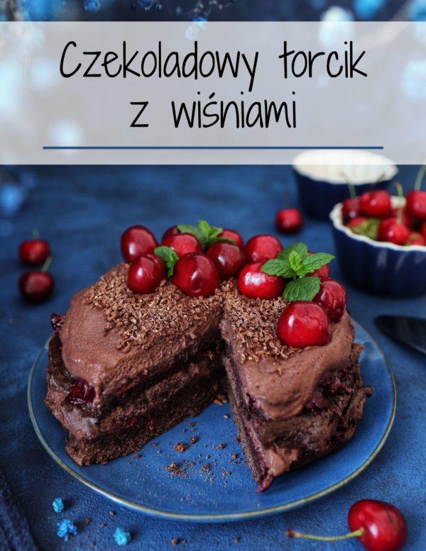 czekoladowy torcik z wiśniami
